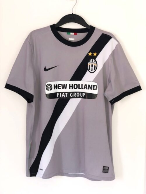 Juventus 2009 - 2010 Away Shirt