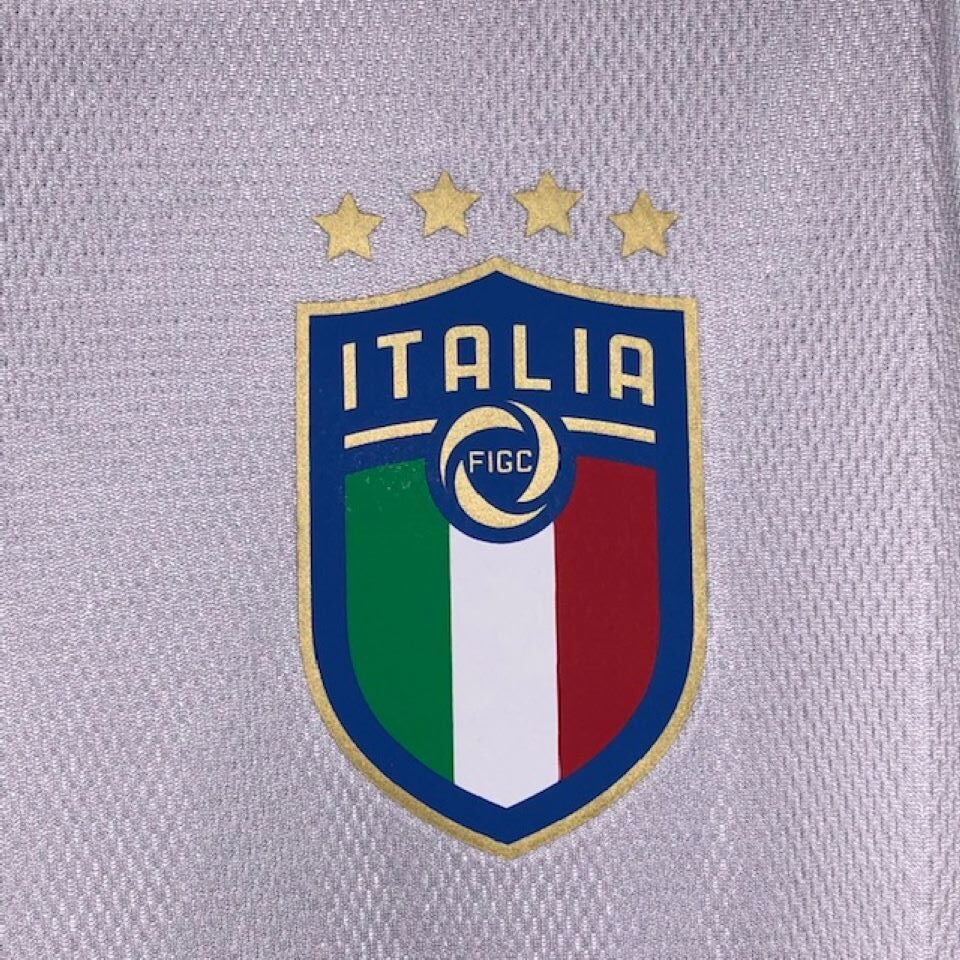 Puma, Size XL. Hardly worn therefore as new with no marks or pulls. Very stylish and light shirt. Worn by the Azzurri during their succesful qualifying campaign for Euro 2020.